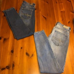 Bundle of Two Pairs of Levi's Jeans